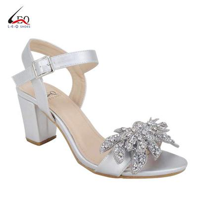 Women's Classic Middle Heel Sandals High Heel Chunky Sandals With Diamonds Combination Chain Flower Ladies Fashion High Heel Sandals For 6.6cm